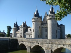 www.chateaudesully.com
